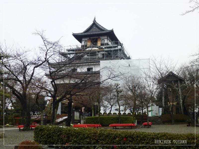 1-013 犬山城全景_R.JPG